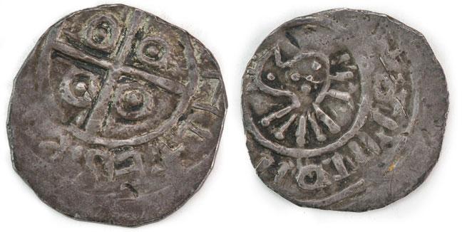 Awersy i rewersy  na monetach  pierwszych Piastów