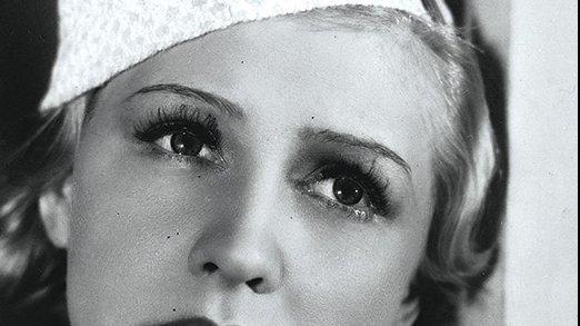 ALFABET POLSKICH GWIAZD - Dziewczyna   o smutnych oczach