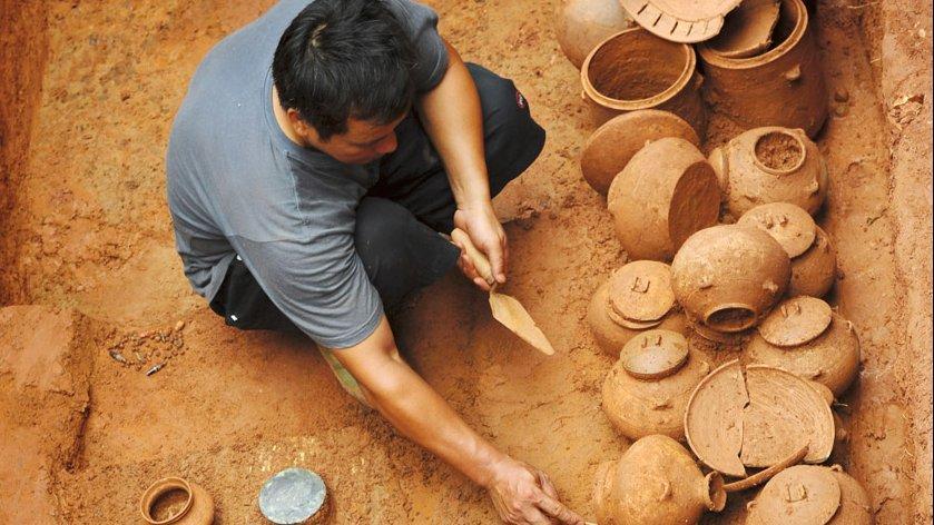 O archeologii dobrze i źle