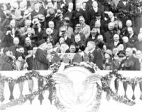 W mrokach wielkiego kryzysu. Herbert Hoover. Część III