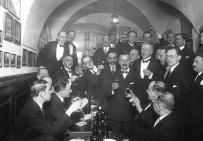 Dziennikarze II RP  przy wódeczce