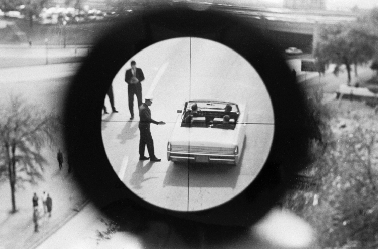 Zabłąkana kula. John F. Kennedy, cz. VII