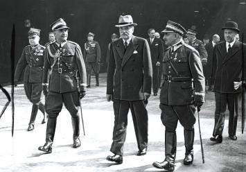 Oskarżony Sławoj Składkowski